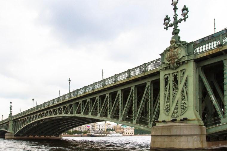 Trinity Bridge. Saint Petersburg.
